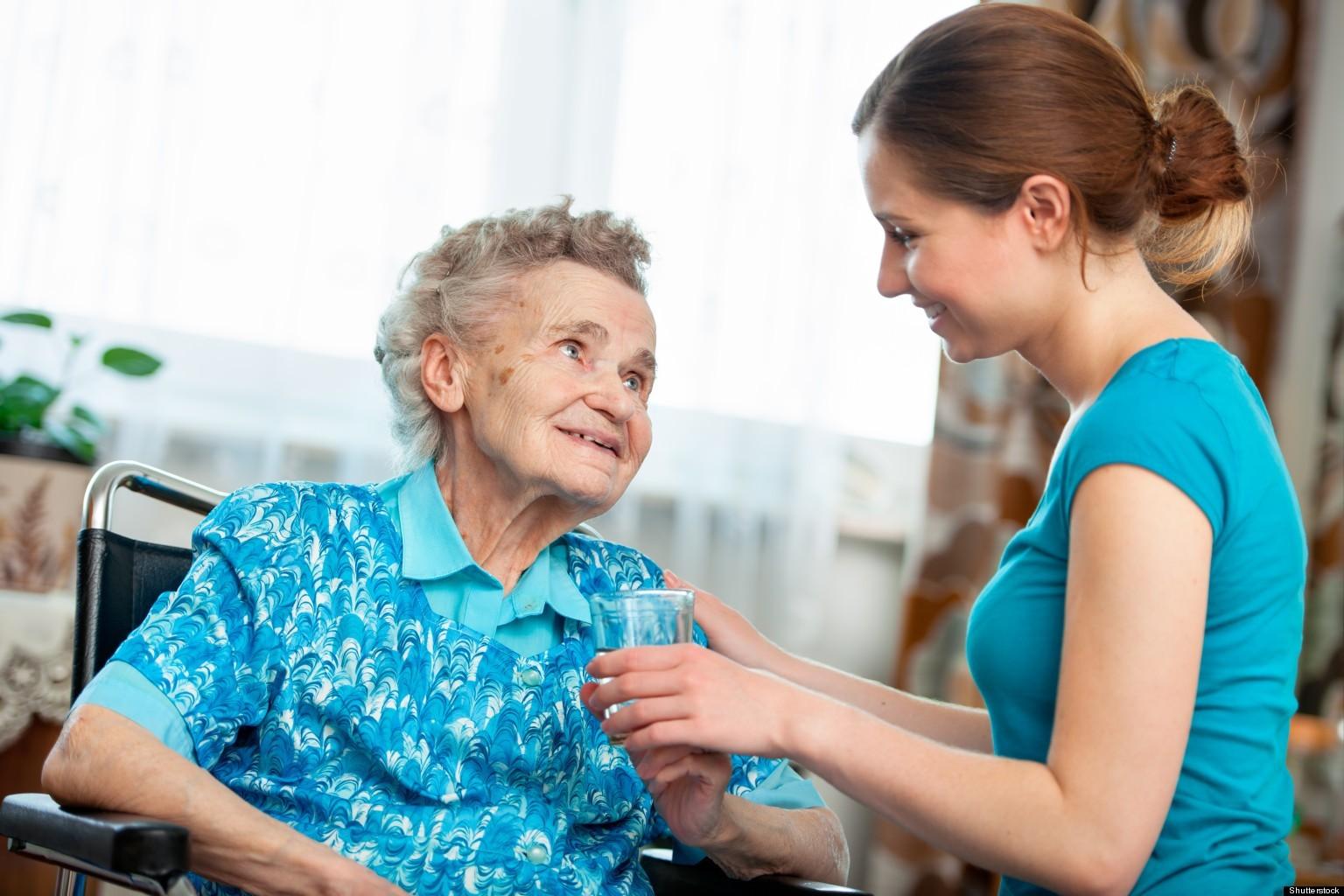 الرعاية المنزلية لكبار السن